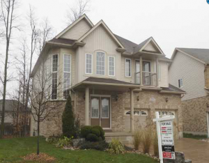 512 Henhoeffer Court, Kitchener