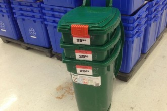 garbage bins for recycling and organic waste